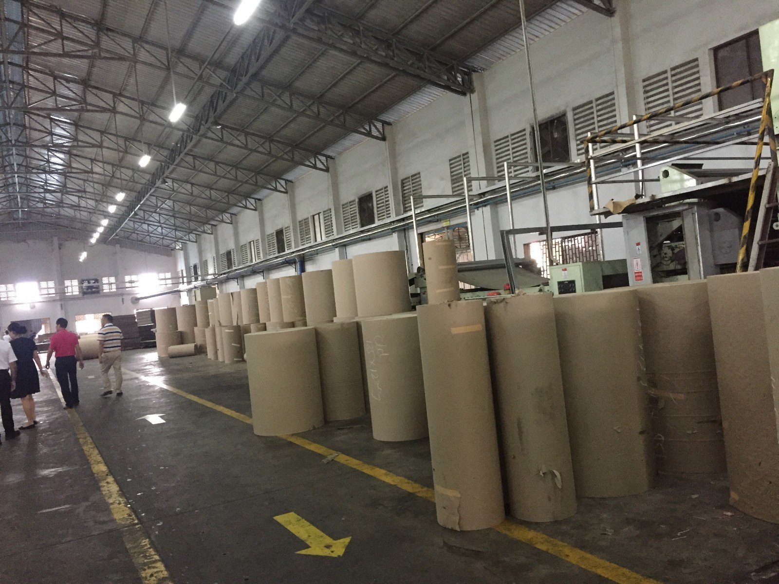 corrugated paper packaging factory